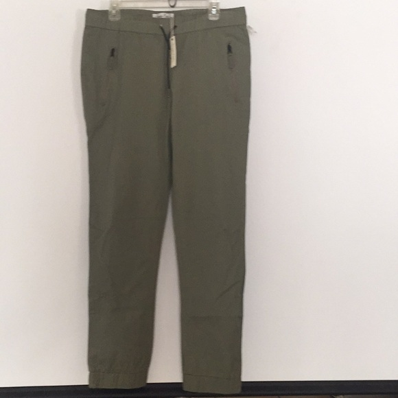 Olive Color Code Sovereign Code Clancy jogger 👖 olive color size L